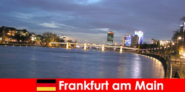 Exkluzív luxus kirándulások Frankfurt am Main városába a Nobel Hotelekben
