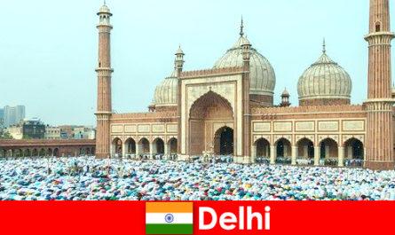 Delhi egy metropolisz Észak-Indiában jellemzi világhírű muzulmán épületek