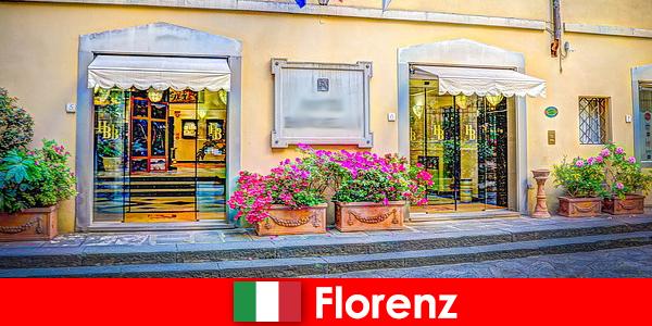 Útikalauz Firenzében ingyenes bennfentes tippekkel a pihenéshez