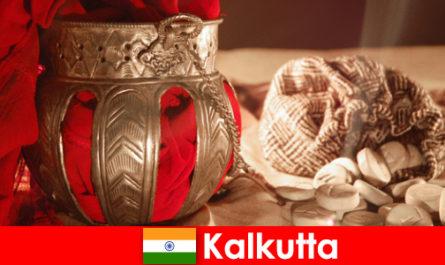 Műemlékek és templomok meggyőzni az új látogatókat a szépségek Kolkata