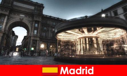 Madrid ismert a kávézók és utcai árusok a városi szünet megéri