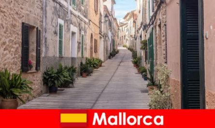 Paradise sport turisták Mallorca a természet tájak és strandok