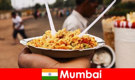 Mumbai egy olyan hely, ismert, hogy a turisták az utcai árusok és az élelmiszer-típusok
