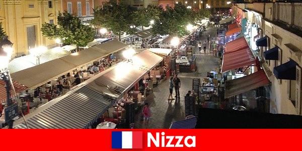 A Nice hangulatos éttermeket és jól látogatott éjszakai életet kínál a külföldiek számára