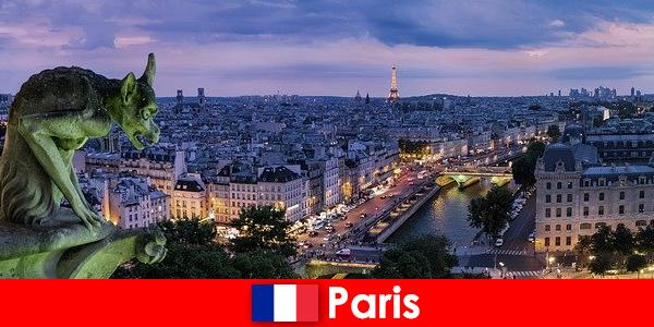 Párizs egy művész város egy különleges varázsa az épületek