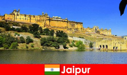 Idegenek Jaipur szeretik a hatalmas templom homok