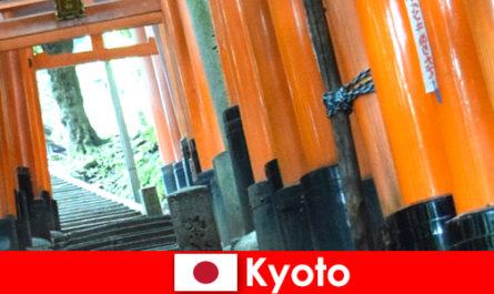 Kyoto a Fishing Village Japánban kínál különböző UNESCO látnivalók
