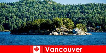 A külföldi turisták pihenni, és merüljön el a gyönyörű természeti táj Vancouver Kanadában
