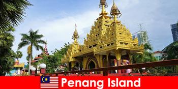 A külföldi turisták számára a legjobb élmény a Penang-sziget templomkomplexumaiban
