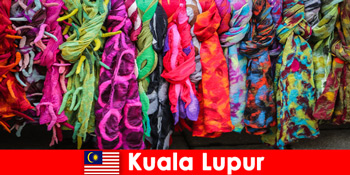 Kuala Lumpur-i kulturális turisták Malajziában megtapasztalják a kiváló kivitelezést