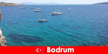 Luxus nyaralás külföldiek számára a gyönyörű öblök bodrum Törökországban