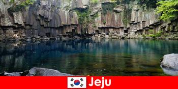 Egzotikus hosszú távú kirándulások Jeju Dél-Korea gyönyörű vulkáni tájára