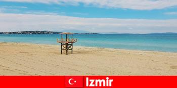 A pihentető nyaralókat elvarázsolják Izmir Törökország strandjai