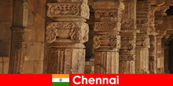 Külföldiek látogatása Chennai India, hogy a csodálatos színes templomok