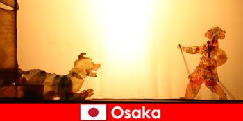 Oszaka Japán viszi a turistákat a világ minden tájáról egy komikus szórakoztató utazás